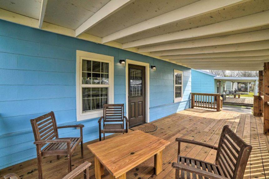 seadrift cottage patio