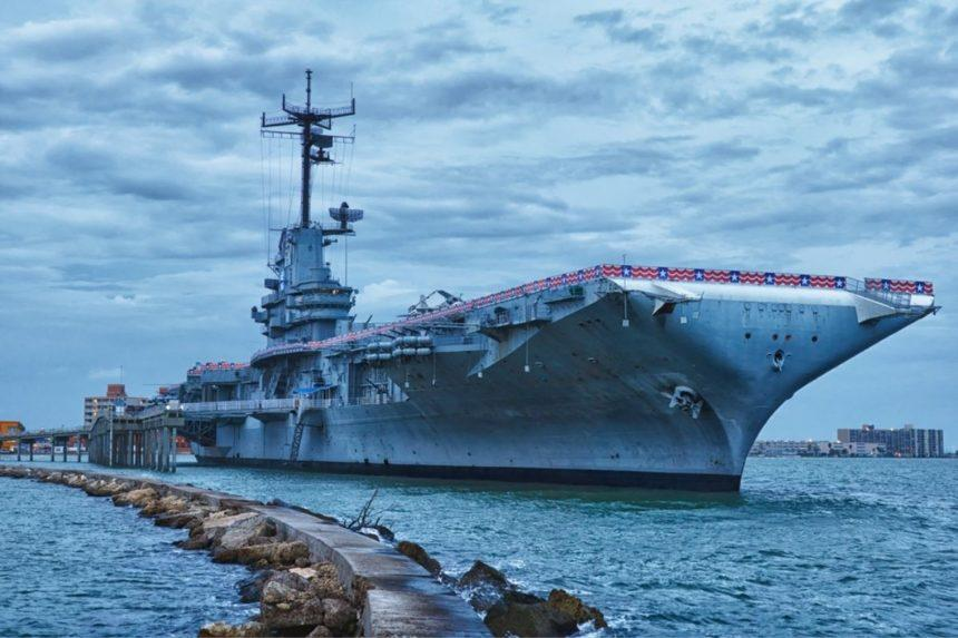 corpus-christi-USS Lexington boat